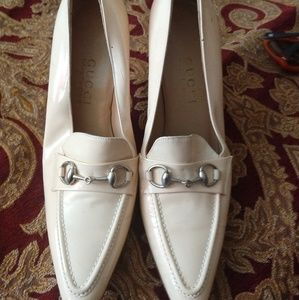 Gucci ... Authentic Patent loafers heels 9 new